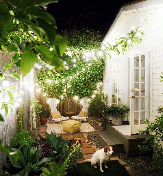 Como decorar un patio trasero moderno ideas para el jard n - Idea casa biancheria mestre ...