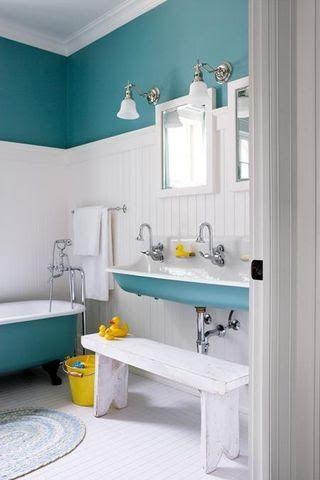 30 Diseños de baños decorados con azul turquesa