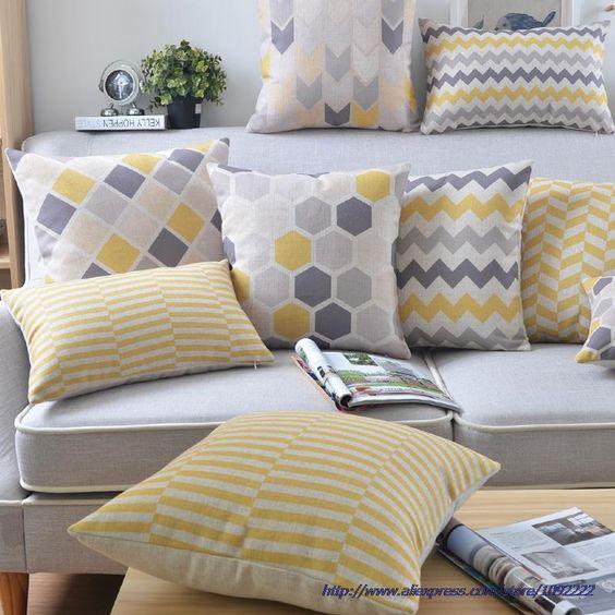 34 disenos de cojines decorativos para tu sala 28 for Arreglos decorativos para hogar