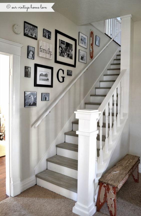 35 ideas para decorar el area de las escaleras 25 for Decorar rincones de escaleras