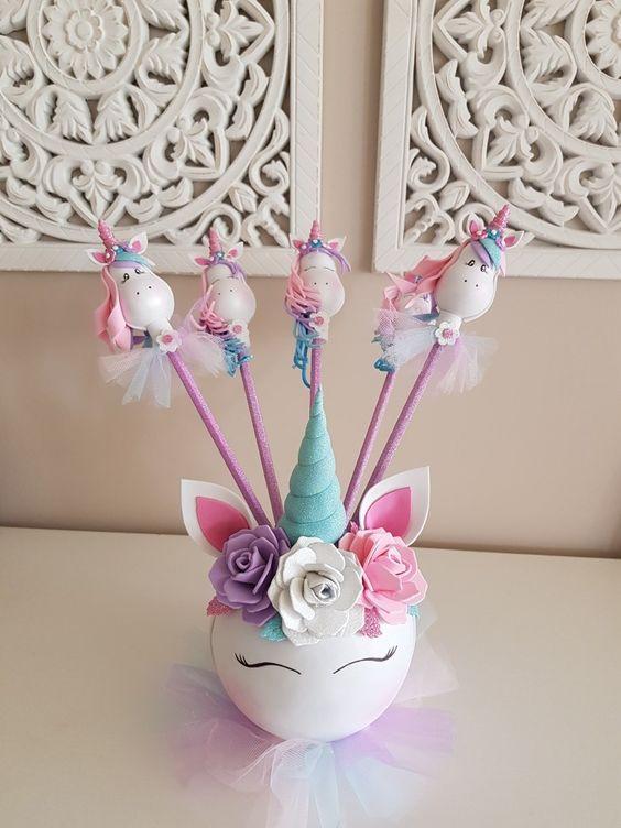 Centros de mesa para fiestas de unicornio