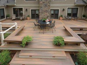 Decoración de exteriores con pisos de madera
