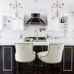 30 Cocinas y comedores elegantes decoradas con blanco y negro