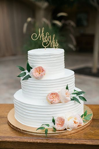 small wedding cakes with flowers las mejores 42 ideas para bodas en primavera 16 curso 20243