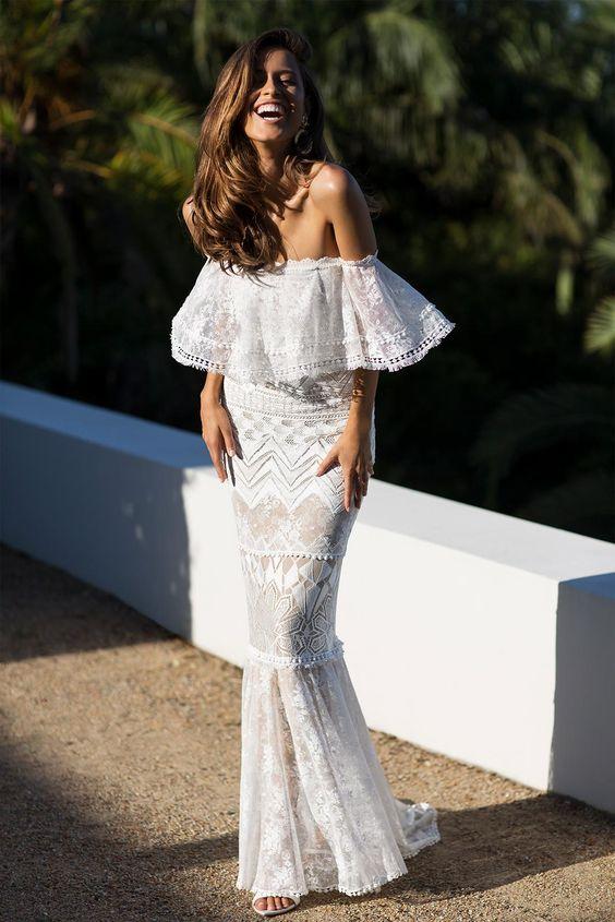 Outfits que resaltan en pieles morenas