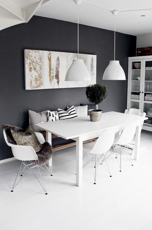Realza la decoracion de tu casa con paredes oscuras te for Casas modernas oscuras