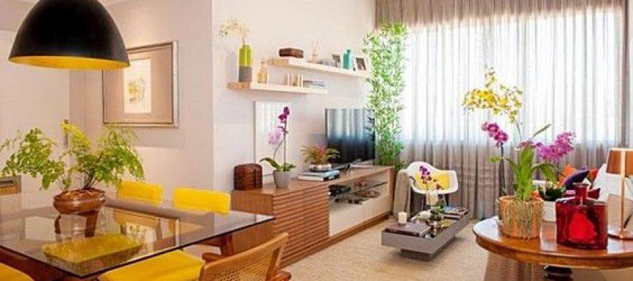 Sala – comedor en un condominio pequeño