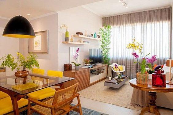 Sala comedor en un condominio peque o curso de for Ideas para decorar sala y comedor pequenos