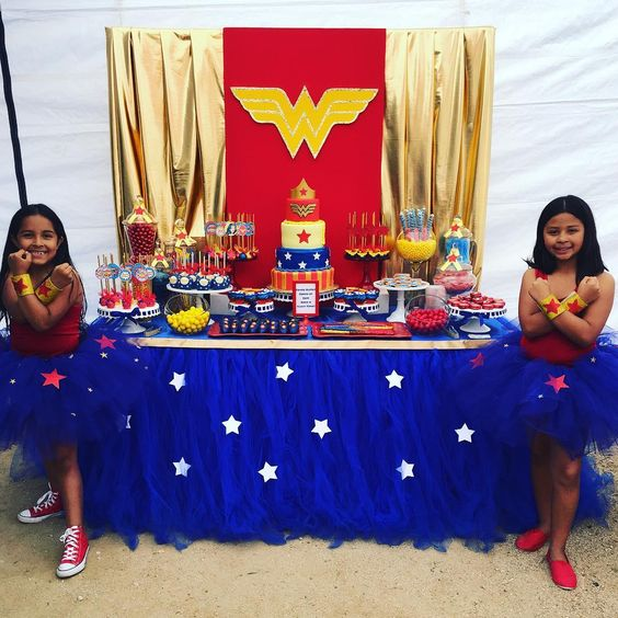 Fiesta infantil de la mujer maravilla