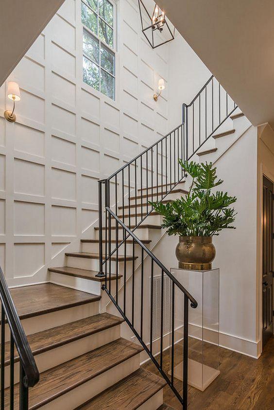 Casas con escaleras perfect casa de recmaras inmuebles en - Escaleras para sotanos ...