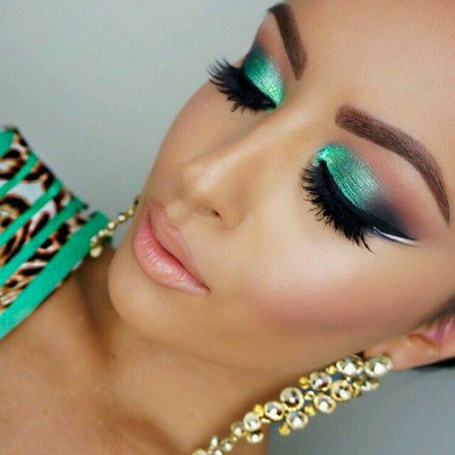 Maquillaje en tonos turquesa curso de organizacion del - Decoracion en tonos turquesa ...