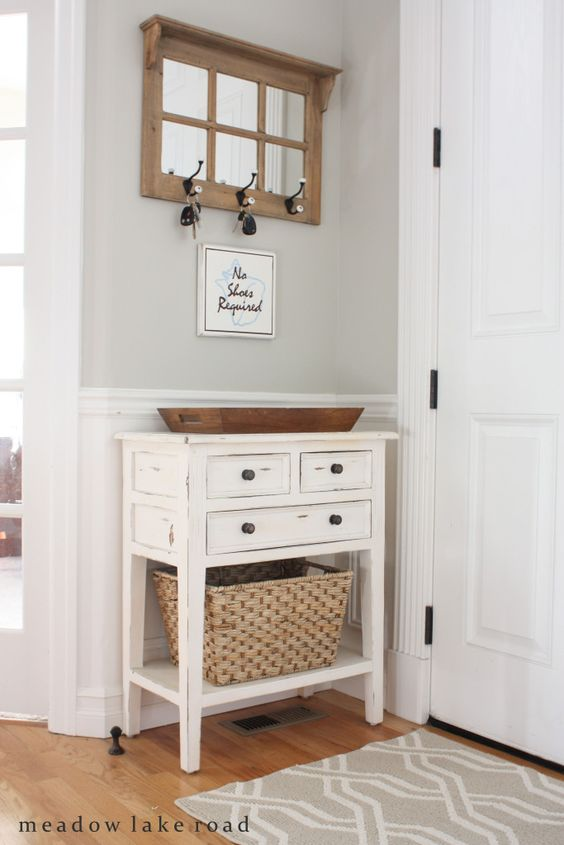 Diseno y decoracion de entradas para casas pequenas 15 for Decoracion y organizacion del hogar
