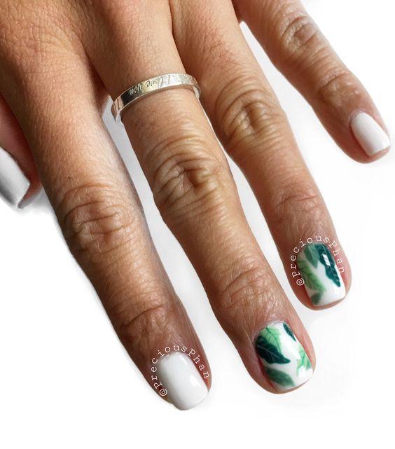 Diseños de uñas para el verano con estampados
