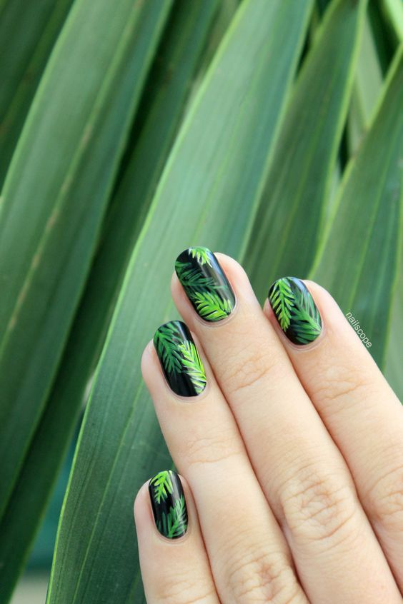 Diseños de uñas para el verano tropicales