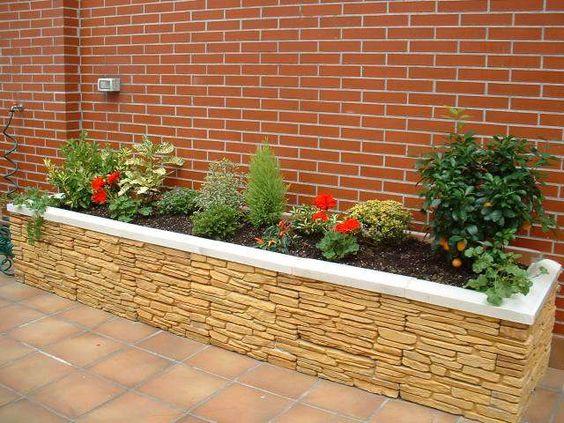 Jardineras para casas pequeñas de piedra