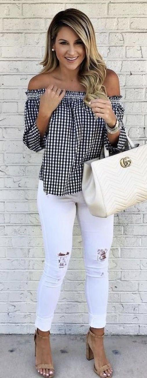Looks para copiar este verano con jeans blancos