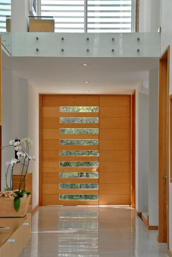 Puertas principales para casas modernas 17 curso de for Modelos de puertas principales para casas