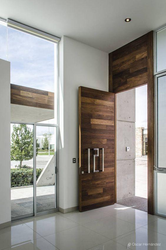 Puertas principales para casas modernas 4 curso de for Puertas de madera para entrada principal de casa modernas