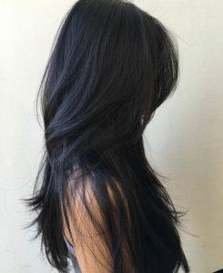 Si tienes el cabello negro mira estas maneras de lucirlo
