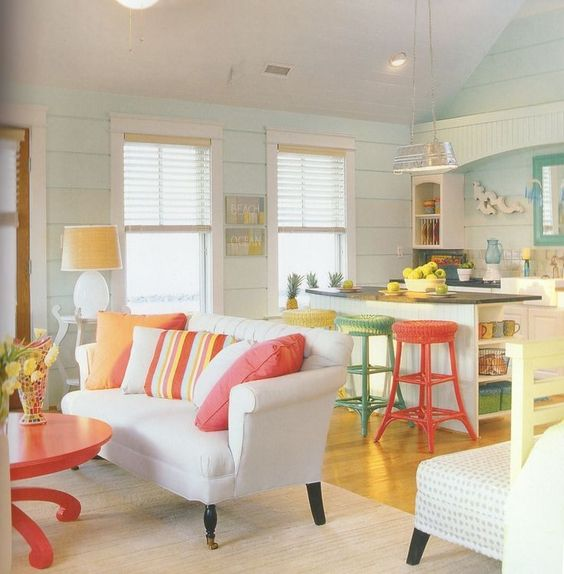 Colorful Beach Condo Makeover: Como Decorar Sala Y Comedor Juntos