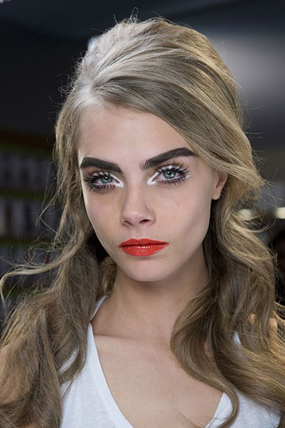 5 errores de maquillaje que te hacen envejecer