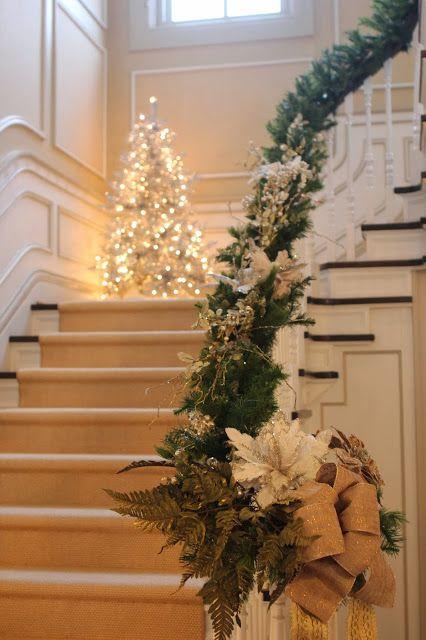 Ideas navideñas para decorar las escaleras