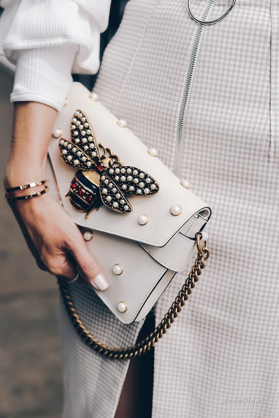 bolsos pequeños de moda