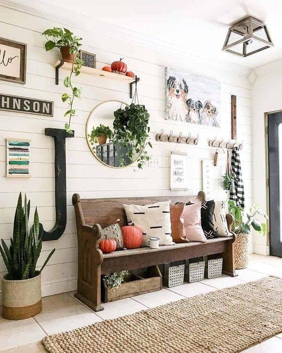 Cómo decorar las paredes de una entrada