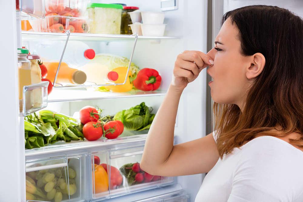 Como eliminar el mal olor del refrigerador