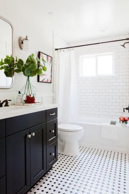 Decoración de baños pequeños y modernos para aumentar el espacio