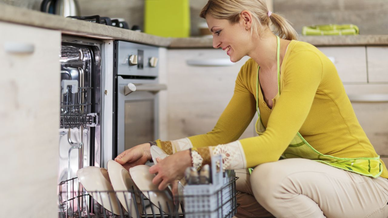 Elimina el mal olor de tu lavaplatos