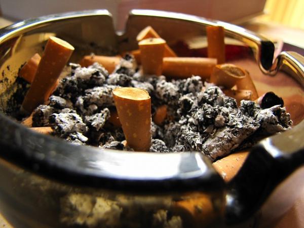 Elimina el olor a tabaco en tu casa