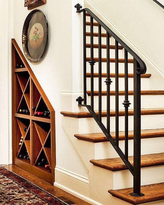 Escaleras de herrer a para interiores escaleras de for Gradas interiores