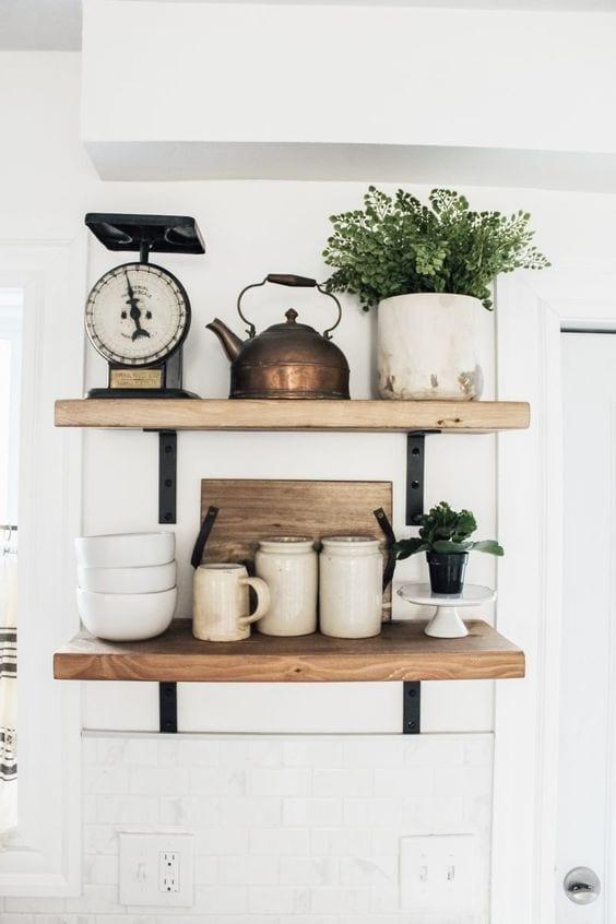 Estanterías de cocina de madera