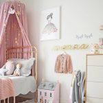 Habitaciones de niños con dosel