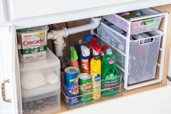 Ideas para organizar cosas de limpieza en la cocina