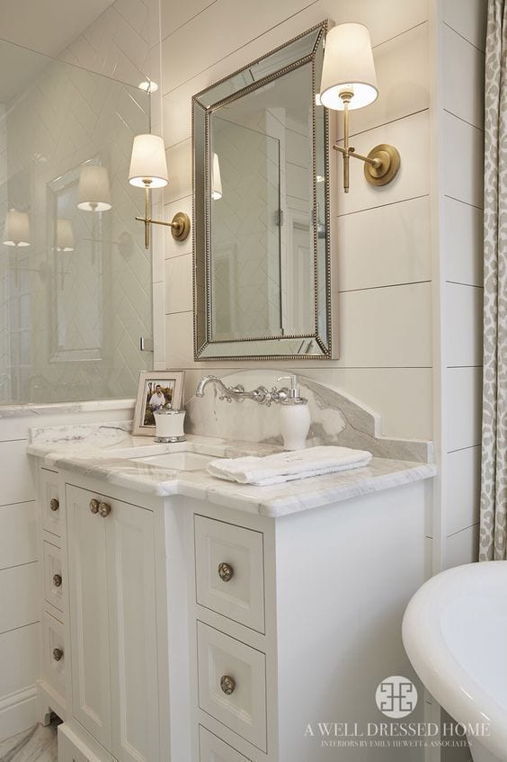 Iluminación para baños pequeños y modernos