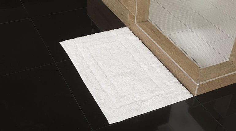 Usar toallas en el piso