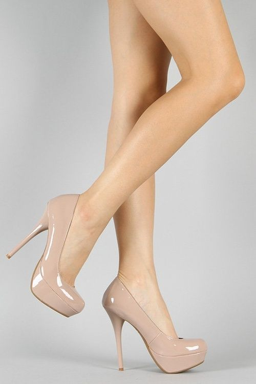 Tendencias en zapatillas nude