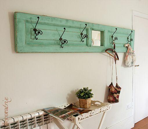 Puertas viejas de madera para decorar tu hogar for Puertas antiguas para decoracion
