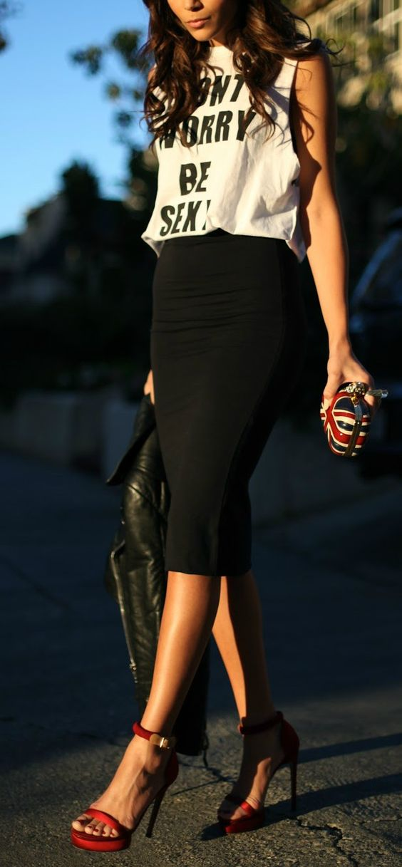 Outfit con Falda tipo Lapiz