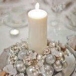 Centros de mesa navideños 2017-2018 con vela y mini esferas