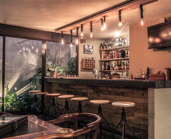 Dise o de bares en casa estilos de bares que te van for Diseno bar rustico