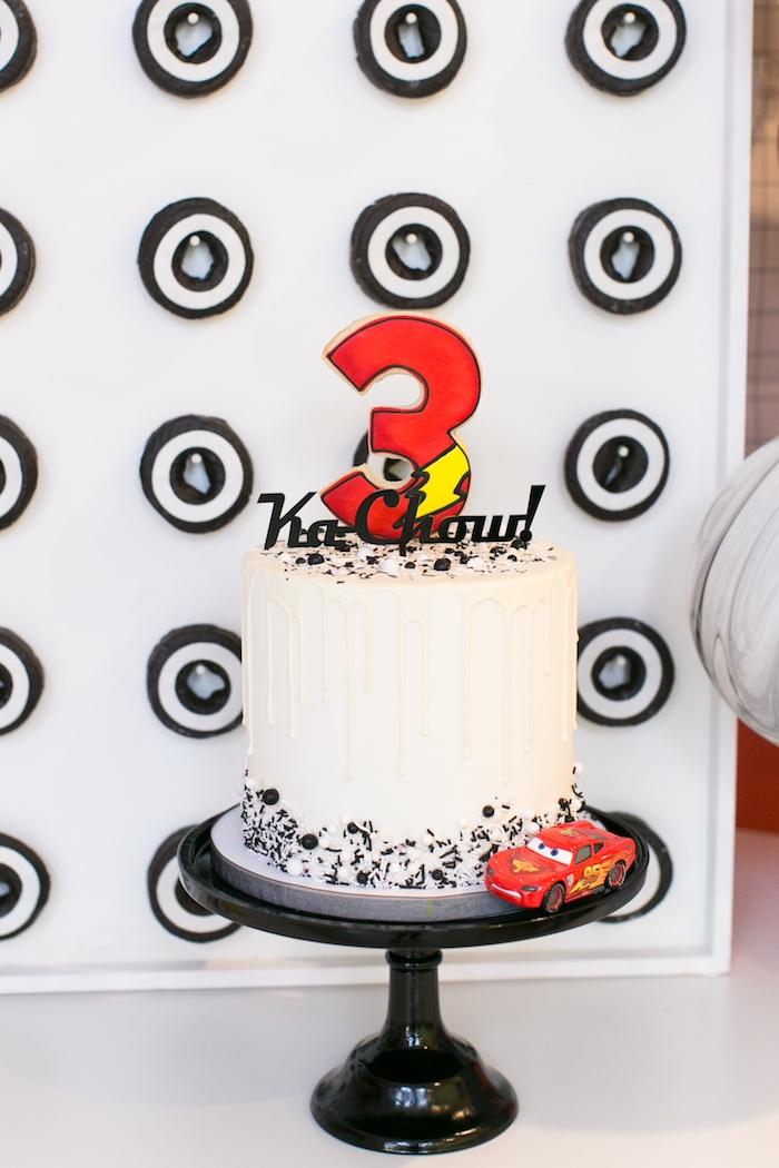 pastel para fiesta temática de cars rayo mcqueen