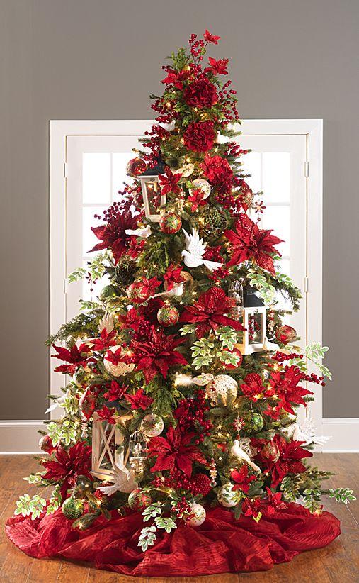 Navidad 2017 tendencias en decoraci n pino verde con noche for Decoracion arbol navidad 2017