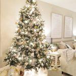 Navidad 2017 tendencias en decoración pino con luces