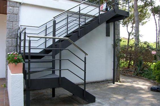 Disenos de escaleras de herreria para exteriores curso for Escaleras exteriores para casas de dos pisos