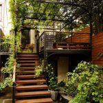Escaleras de madera para exterior