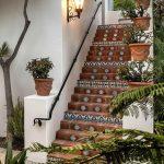 Escaleras exteriores modernas
