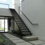 Escaleras modernas para exteriores